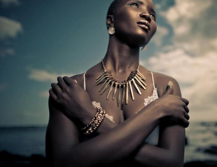 Yemoja palabras yoruba Yeye-Omo-eja que significa madre de peces